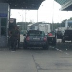 Польський КПП Час оформлення одного авто - 10 15 хвилин  Українці думають, що є вказівка за зміну пропускати не більше 200 лгковиків